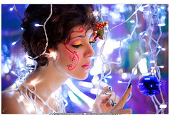 Retoque Digital / Beauty / JUGANDO CON LA NAVIDAD (Juan Camilo Bedoya Vargas) Tags: christmas woman art beauty photoshop lights navidad luces colombia makeup medellin medellín beautyful maquillaje retoque retoquedigital