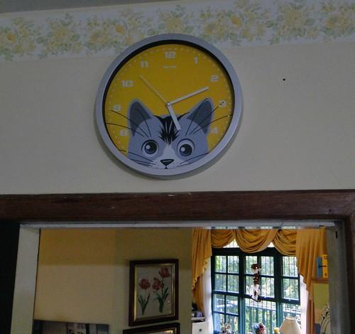 """Relógio da Nina"""