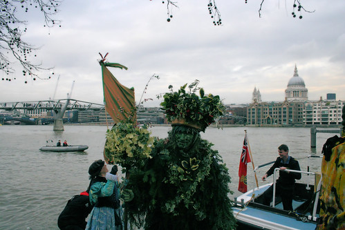 The Holly Man arrives at Bankside