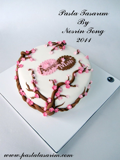 BLASSOM WEDDING CAKE - AYSEGUL & MELIH
