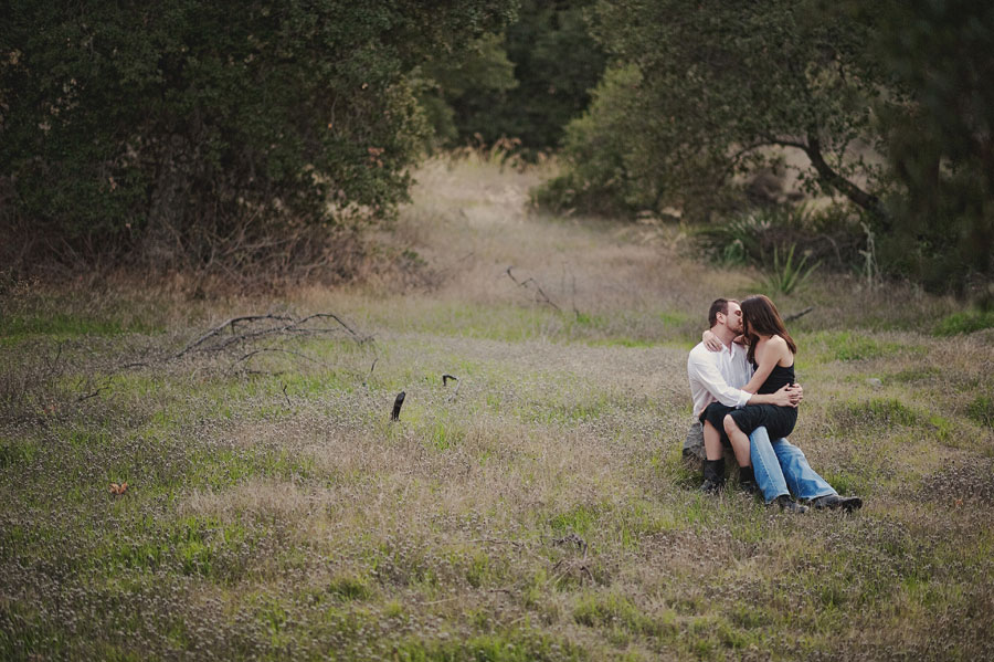 Orange-County-Rustic-Engagement-Photography-in-Silverado-Canyon-with-a-swing.-008