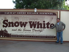 Me at Disney California Adventure construction wall (Loren Javier) Tags: california me disney anaheim disneycaliforniaadventure snowwhiteandthesevendwarfs disneylandresort buenavistastreet lorenjavier carthaycircletheater