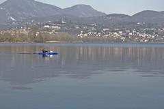 Poi tutto d'un tratto... (_Zal) Tags: blue lake water landscape lago blu calm case line canoe disorder 50 asymmetry acqua calma paesaggio linea canoa contemplation caso contemplazione asimmetria disturbo