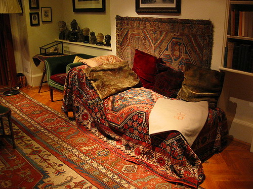 The daybed in Freud's consulting room