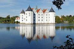 Schloss (chipdetty) Tags: germany schleswigholstein glücksburgostsee glücksburg schloss