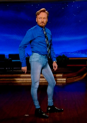 conan in his pretty jeggings =)