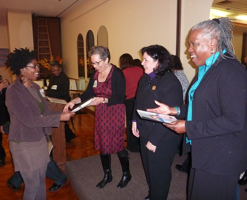 Chicago Public School teachers submit Healthier US School Challenge applications for gold awards to USDA's Audrey Rowe, Healthy Schools Campaign's Rochelle Davis, and Chicago Public Schools' Louise Esaian at a November event hosted by Healthy Schools Campaign.