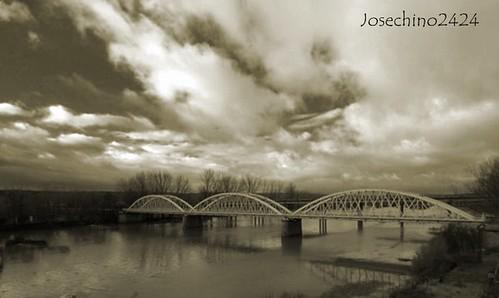 Puente hierro Coria