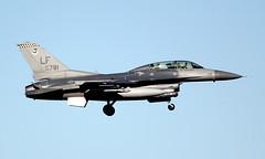 USAF General Dynamics F-16D Block 42H Fighting Falcon 90-0781 (ChrisK48) Tags: airplane aircraft f16 viper lukeafb luf fightingfalcon glendaleaz emeraldknights kluf 308thfightersquadron block42h generaldynamicsf16d cn1d59 usaf900781