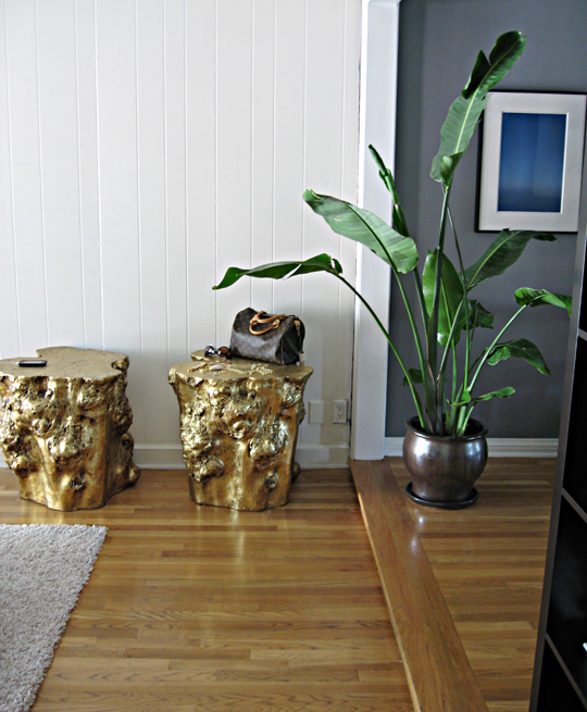 golden stumps side tables+gold stools