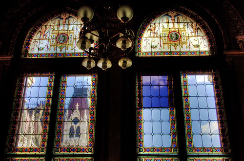 Parliament windows. Budapest. Ventanas del parlamento