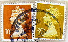 beautiful english stamps GB 10p 35p UK Queen Elizabeth Machin Briefmarke timbre Machin UK United Kingdom Great Britain GB England Commonwealth Grossbritannien Queen Elizabeth QEII selo postage 10p 35p decimal Windsor Royal Mail (stampolina) Tags: uk greatbritain portrait england orange english postes amber poste elizabeth stamps retrato portrt queen stamp porto gb windsor royalmail portret timbre ingiltere commonwealth postage franco granbretagna qeii  vermilion queenelizabeth vermillion stempel revenue anglia selo marka decimal queenelisabeth  grossbritannien machin queenelizabethii  briefmarken  10p briefmarke  francobollo grandebretagne portr granbretaa timbreposte bollo  queenelisabethii      grbretanha 35p     commonwealthofnations  frankatur postapulu jyu  yupiouzhu