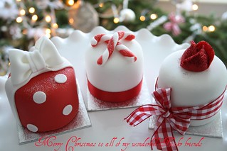 Mini xmas cakes by Cotton and Crumbs