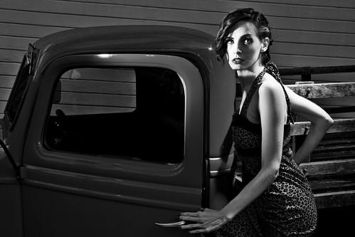 フリー写真素材, 人物, 女性, ドレス, モノクロ写真, アメリカ人,