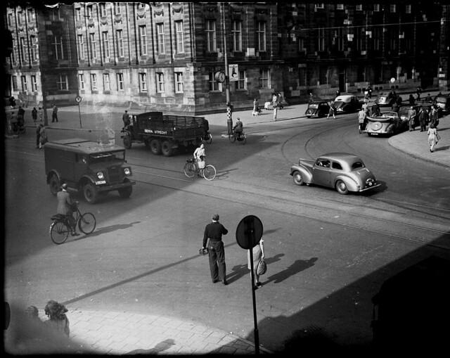 06-30-1947_02019 Kruispunt