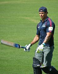 SANDOR EARL (NAPARAZZI) Tags: charity cricket earl sandor oval drummoyne