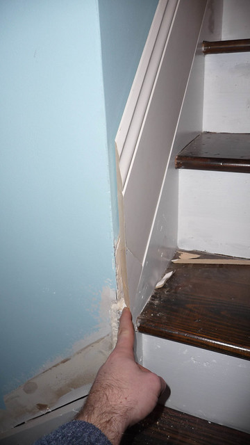 how to cut a 45 degree angle on baseboard trim