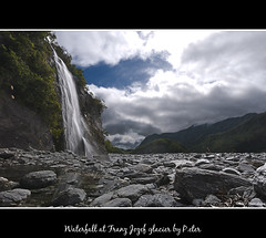 Waterfall at Franz Jozef glacier (pDOTeter) Tags: newzealand reflection nature water landscape waterfall rocks otago material westcoast nikond90 franzjozef