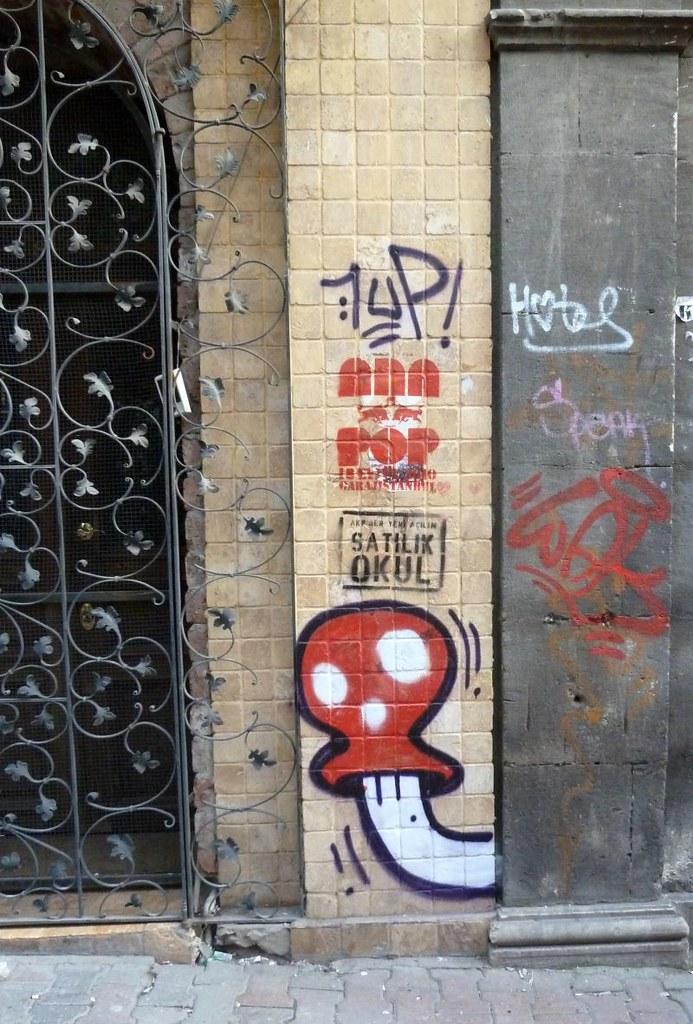 Istanbul Street Art 01