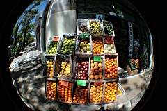 Fish-eyed fruit shop (Lady Smirnoff-confundida) Tags: argentina buenosaires fisheye ojodepez frutera urquiza fruitshop flickrduel