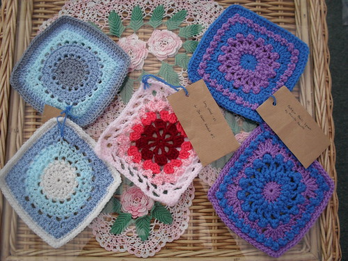 loopy_jess (UK) Your Squares arrived 11/1. Thank You!
