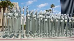 Chris Burden (1946-    ) - Urban Light, 2009 another wide view - Los Angeles County Museum of Art, July 2010 (ketrin1407) Tags: streetlight geometry lamppost streetfurniture artinstallation 21stcentury