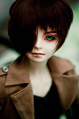Ethan wearing the light green glass eyes (aEthEr hEad) Tags: ball asian doll super ethan sd bjd dollfie volks abjd jointed sd13 schoola scha