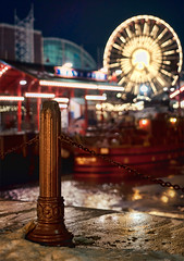 Walking in the lakeshore twilight, it's then you spy carnival lights (pixelmama) Tags: fence bokeh january icestorm ferriswheel navypier donovan chicagoillinois hbw bokehwednesday forsonoraguy