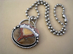 TeePee Canyon Agate Necklace