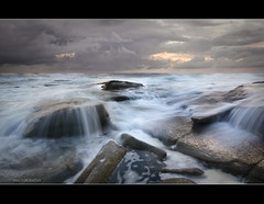 Falling (Reedy Photography) Tags: beach water sunrise waterfall rocks waves sunshinecoast canon1022 pointcartwright nearbrisbane canon7d reedyphotography