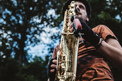 Elliot Slater (mecenas zielon) Tags: urbab portrait people performance manchester streetphotography livemusic sax saxophon dirtyflowers askmybull