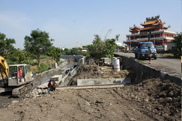 2010年水圳動工剷除生態
