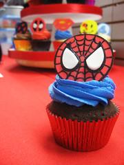Superhero Cupcakes (Jenny Burgesse) Tags: cupcakes spiderman superhero fondant geeksweets comicbookshoppeartgala2010