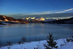 Lago di Campotosto (Andrea Angelucci) Tags: lago grande piano neve gran montagna norcia corno castelluccio appennini sasso sibillini campotosto vettore