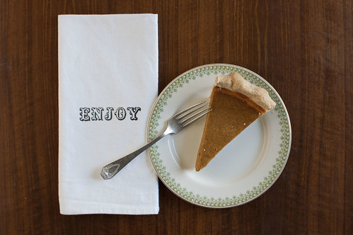 """enjoy"" napkin set"