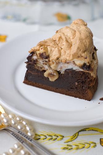Besee-šokolaaditort / Chocolate Meringue Cake