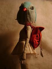 Luna con cabeza de pajaro (Valeria Dalmon) Tags: art teatro dolls arte esculturas objetos puppets animales valeria cabezas muecos venta comission muecas sculptur trajes dalmon