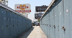 Storitz Los Angeles Self Storage 005 (storitz) Tags: moving storageunits storageunit ministorage selfstorage selfstorageunits selfstoragerental findselfstorage miniselfstorage selfstoragefacility selfstoragecompanies storageunitsforrent cheapstorageunits storageunitrental selfstoragefacilities airconditionedstorageunits publicselfstorage securityselfstorage 90201selfstorage