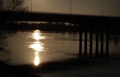 Sotto il ponte di baracca c' Pierin ... (Stefira) Tags: sunset tramonto fiume po