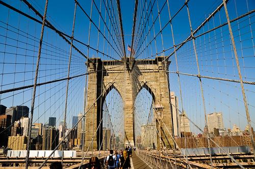 "Brooklyn Bridge • <a style=""font-size:0.8em;"" href=""http://www.flickr.com/photos/29931407@N00/5263678038/"" target=""_blank"">View on Flickr</a>"