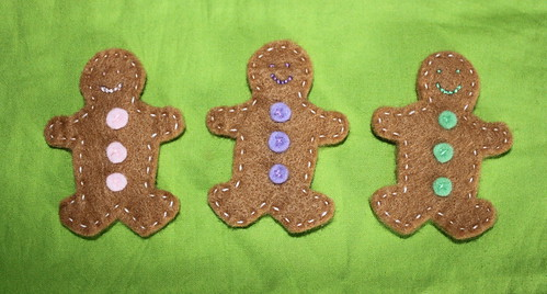 Felt gingerbread men