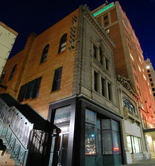 And the attached building (radargeek) Tags: panorama buildings lights nebraska downtown ne lincoln copper 1894 1896 renaissancerevivalstyle thomasrogerskimball nebraskatelephonecompanybuilding walkerandkimball