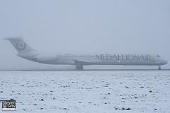 YR-HBE - 49396 - Medallion Air - McDonnell Douglas MD-83 - Luton - 101222 - Steven Gray - IMG_7326
