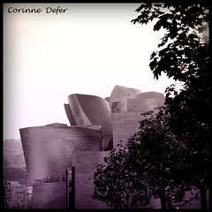 """Lignes & courbes""-"" Lines and curves "" (Corinne DEFER - DoubleCo) Tags: architecture muse bilbao reflet squareformat espagne lignes carr urbain colorisation titane courbes bicolore lignescourbes spiritofphotography carrfranais updatecollection trolledproud squarepoetry"