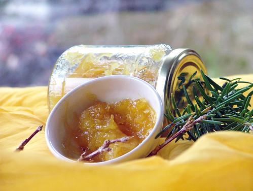 ananas jam with rosmary - confettura di ananas e rosmarino