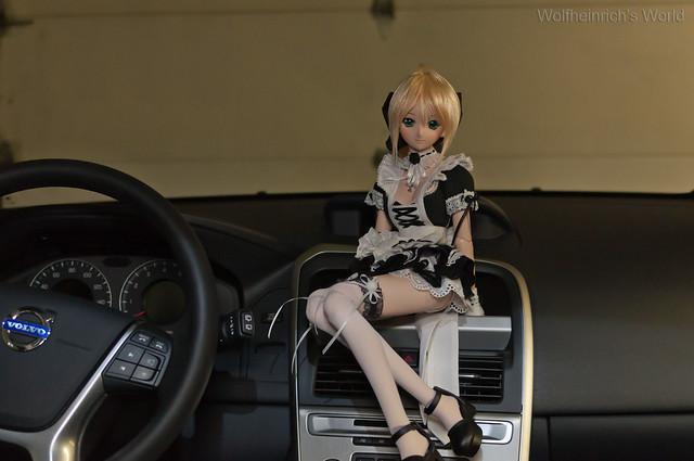 DD Saber Lily セイバー・リリィ and Volvo XC60