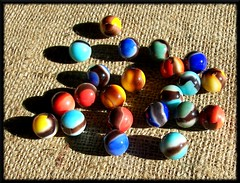 """Blackies"" (Dusty_73) Tags: old game west glass agate childhood vintage toy virginia collection american marbles marble blackie parkersburg pastime blackies vitro vitroagate"
