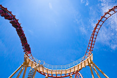 boomerang (flee the cities) Tags: summer sky train track upsidedown steel wideangle kansascity missouri rollercoaster inversion coaster themepark riders supports worldsoffun cobraroll cedarfair
