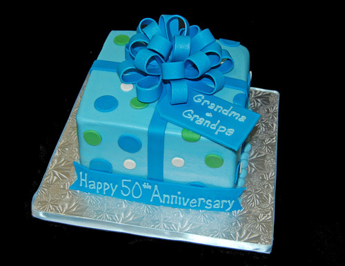 50th anniversary package cake