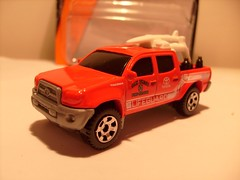 MATCHBOX TOYOTA TACOMA NO14 SAN DIEGO FIRE RESCUE LIFEGUARD VEHICLE 1/64 (ambassador84 OVER 6 MILLION VIEWS. :-)) Tags: matchbox toyotatacoma diecast toyota